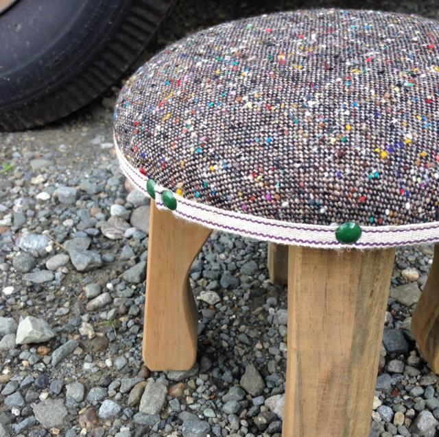 wood market 背の低い椅子