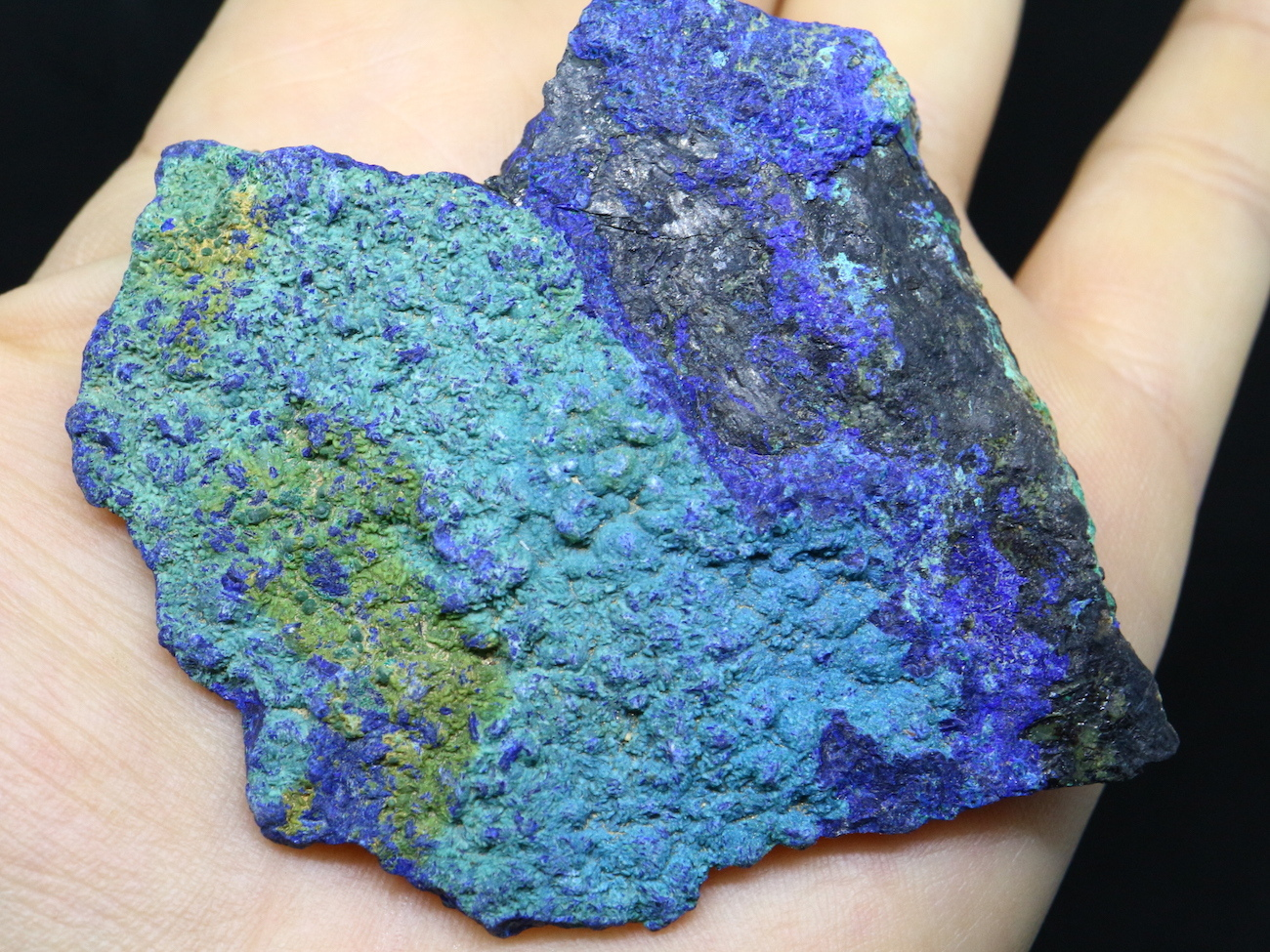 アリゾナ産 アズライト アジュライト 53,5g 原石 鉱物 標本 AZR004