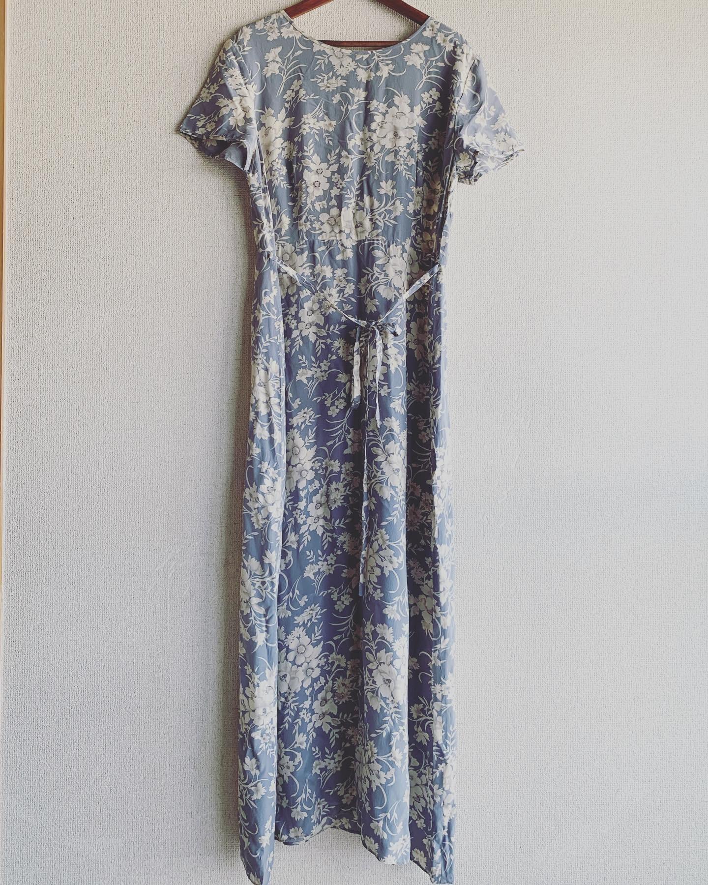 vintage flower design silk onepiece
