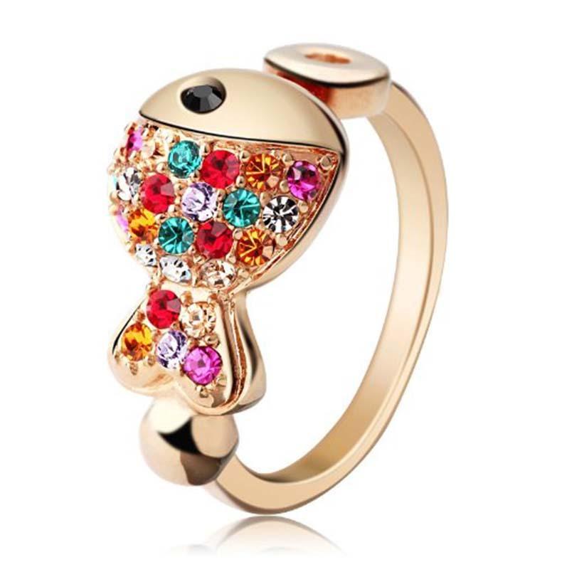 IUHA カラフル魚モチーフリング 指輪 スワロフスキー社製のクリスタル アクセサリー ギフト    011iuhat