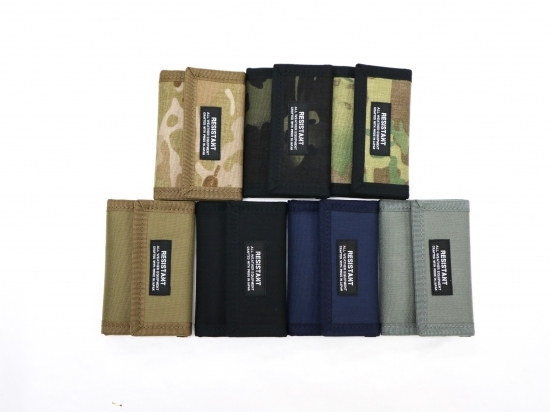 smart wallet (ブラック、ネイビー、コヨーテブラウン、フォリッジグリーン) / RESISTANT