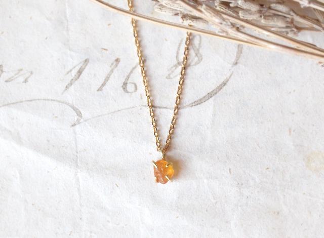 I様オーダー 原石のオレンジサファイアのネックレス