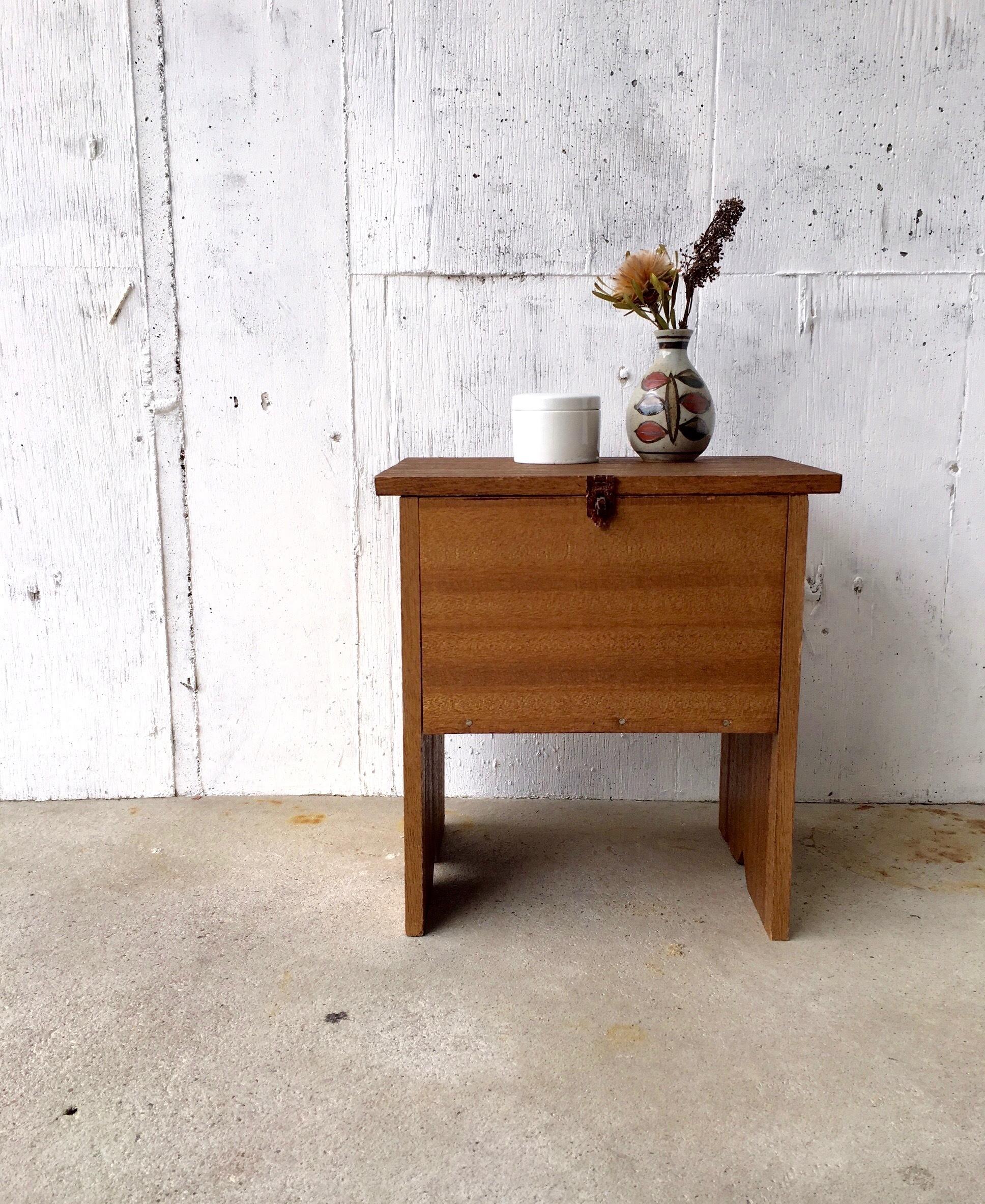ナチュラル木味の飾り台[古家具]
