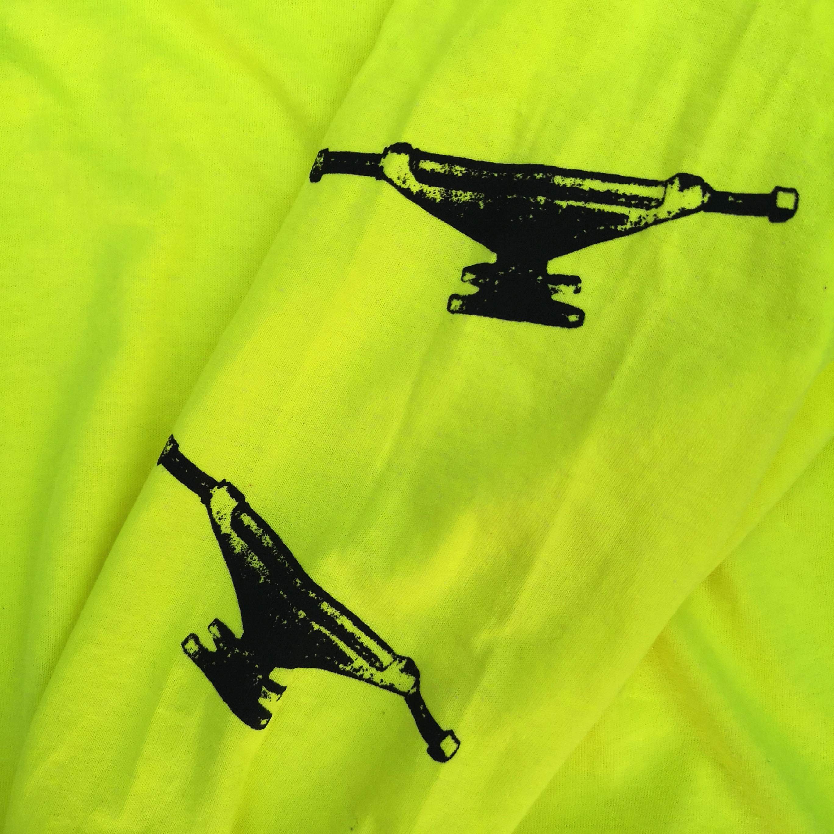 ||||| MONSTER LONG TEE NEON YELLOW XL
