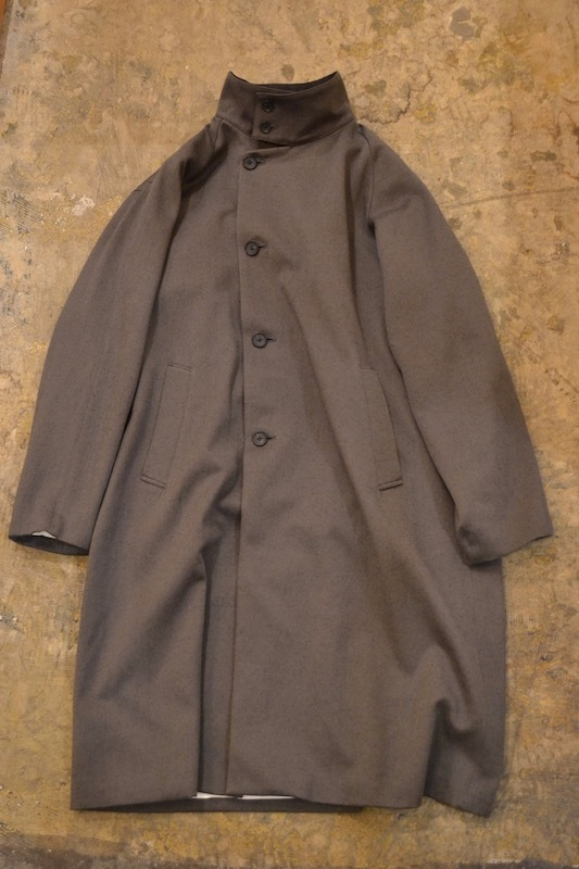 roundabout / Stand Collar Long Coat