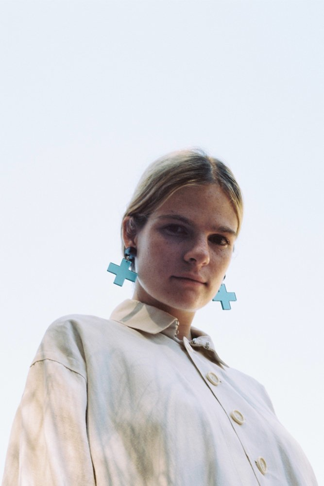 apreski Hoya Blue earrings