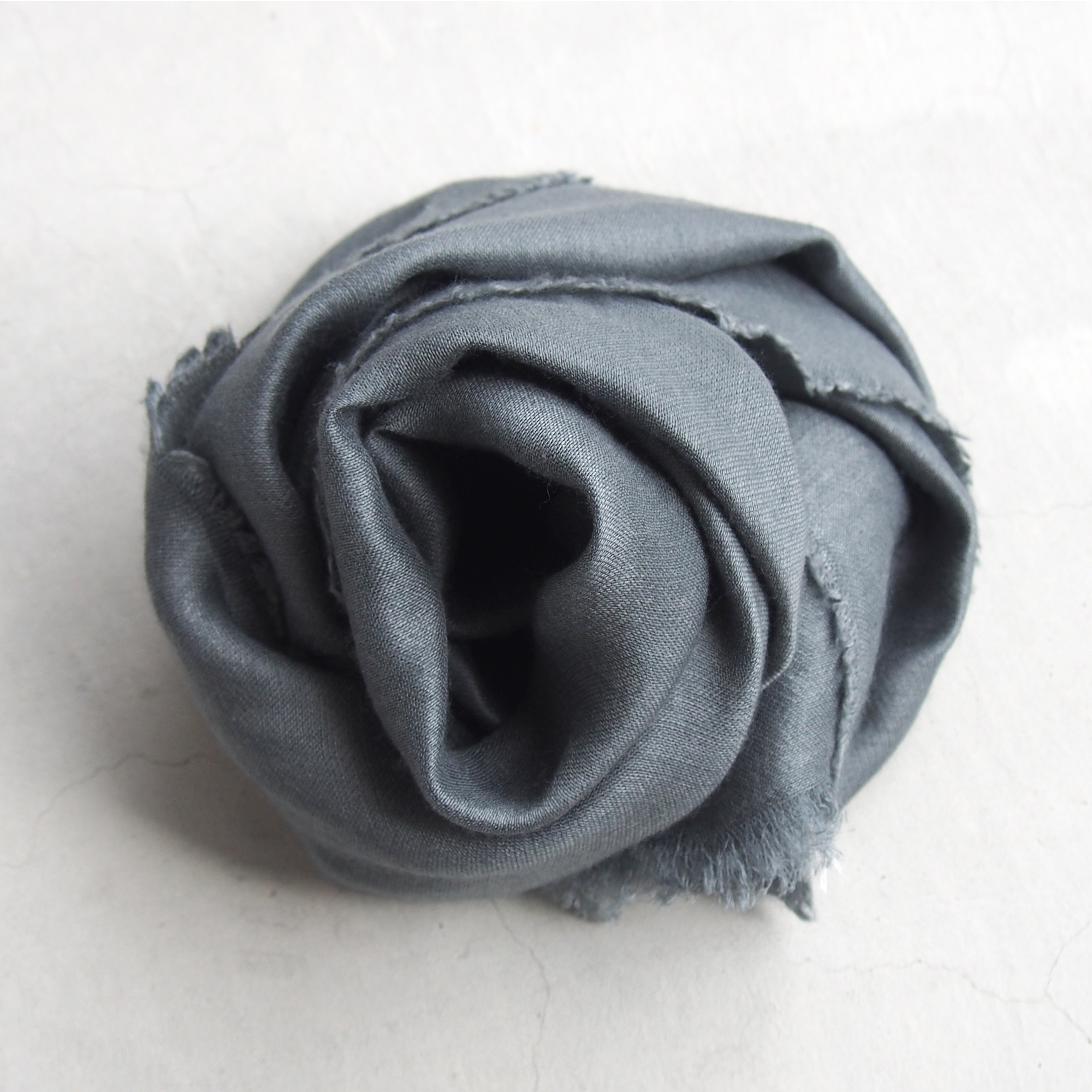 gesture SILK×CASHMERE stole LIGHT GRAY