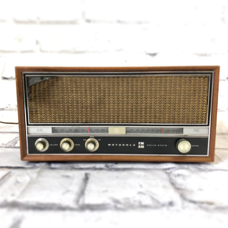 品番0074 ヴィンテージラジオ MOTOROLA(モトローラ) AM/FM Solid State Stereo Radio インテリア ディスプレイ
