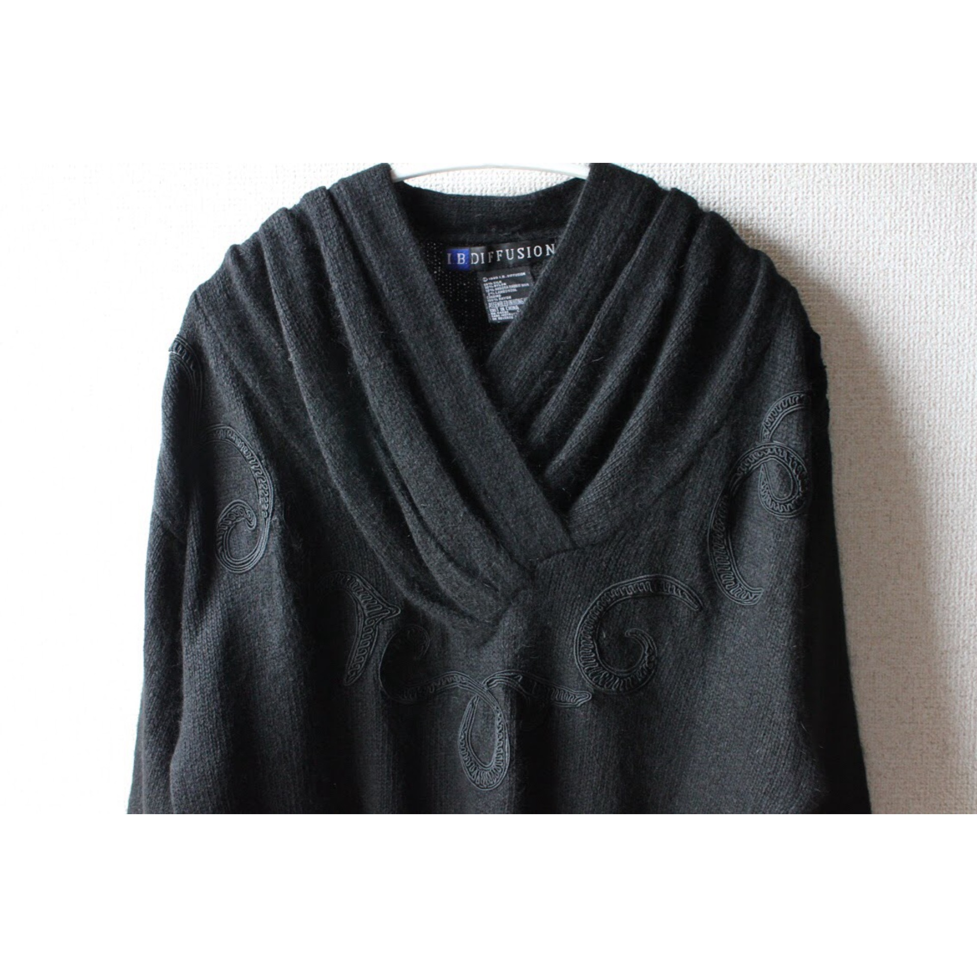 Vintage v neck sweater