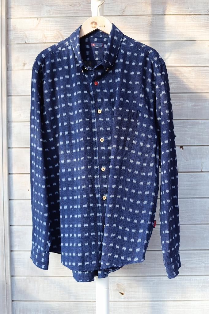 ボタンダウンシャツ(メンズ)SHI 05 藍染絣柄K62