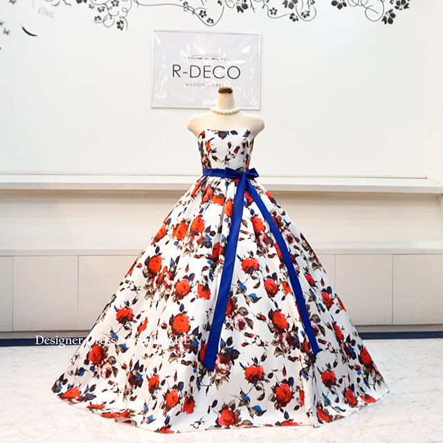 【オーダー制作】ウエディングドレス 花柄白ベース赤いばら 披露宴/お色直し ※制作期間3週間から6週間