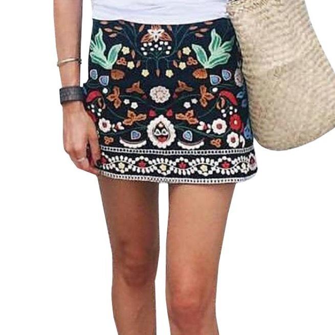 ヴィンテージ刺繍スカート①
