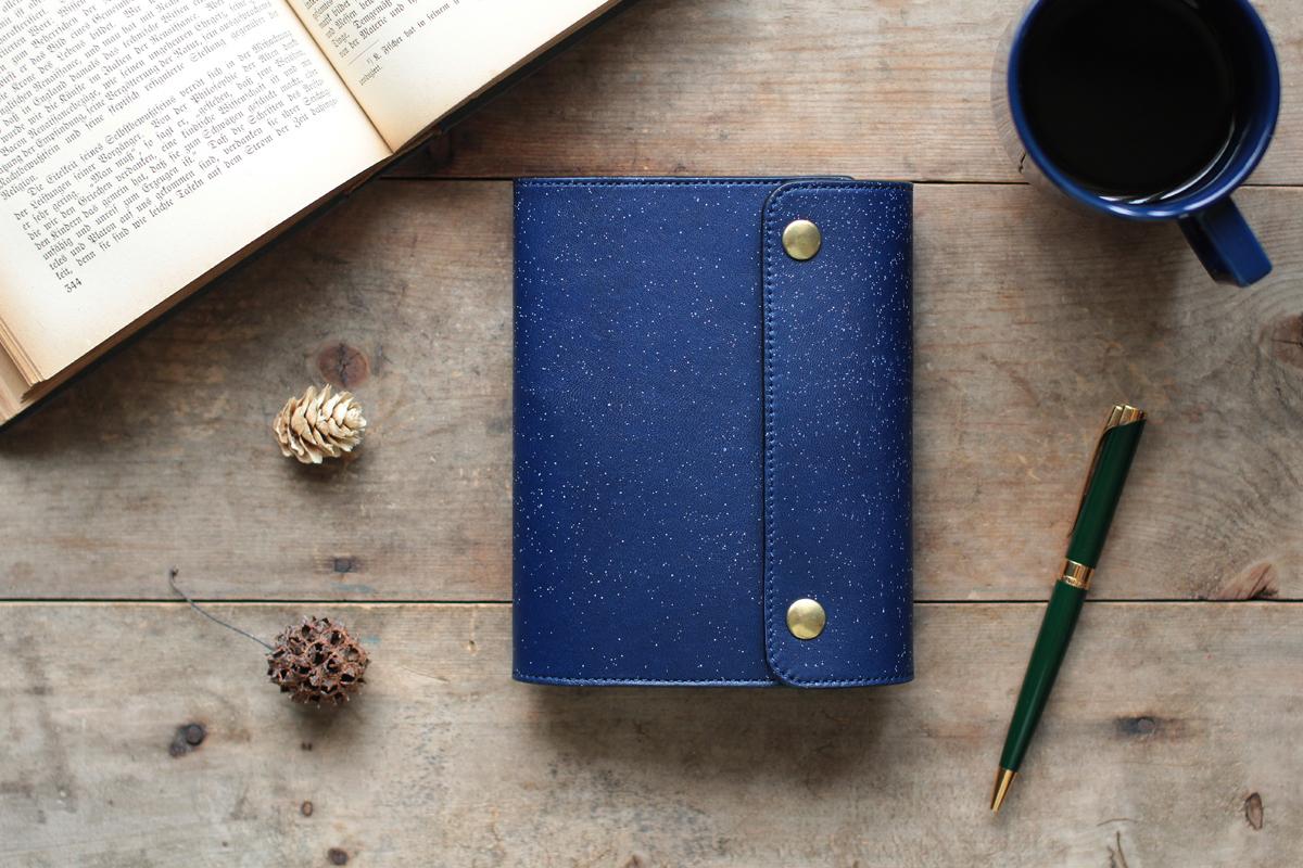 藍染革[migaki]A6ノート手帳 【数多】