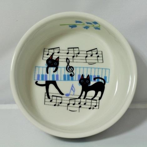 フード皿 (ネコと音符)