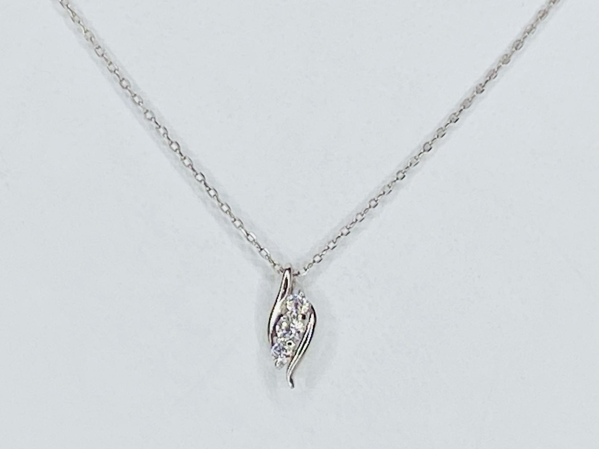 PT900/850 0.06ct  ダイヤモンドネックレス ○