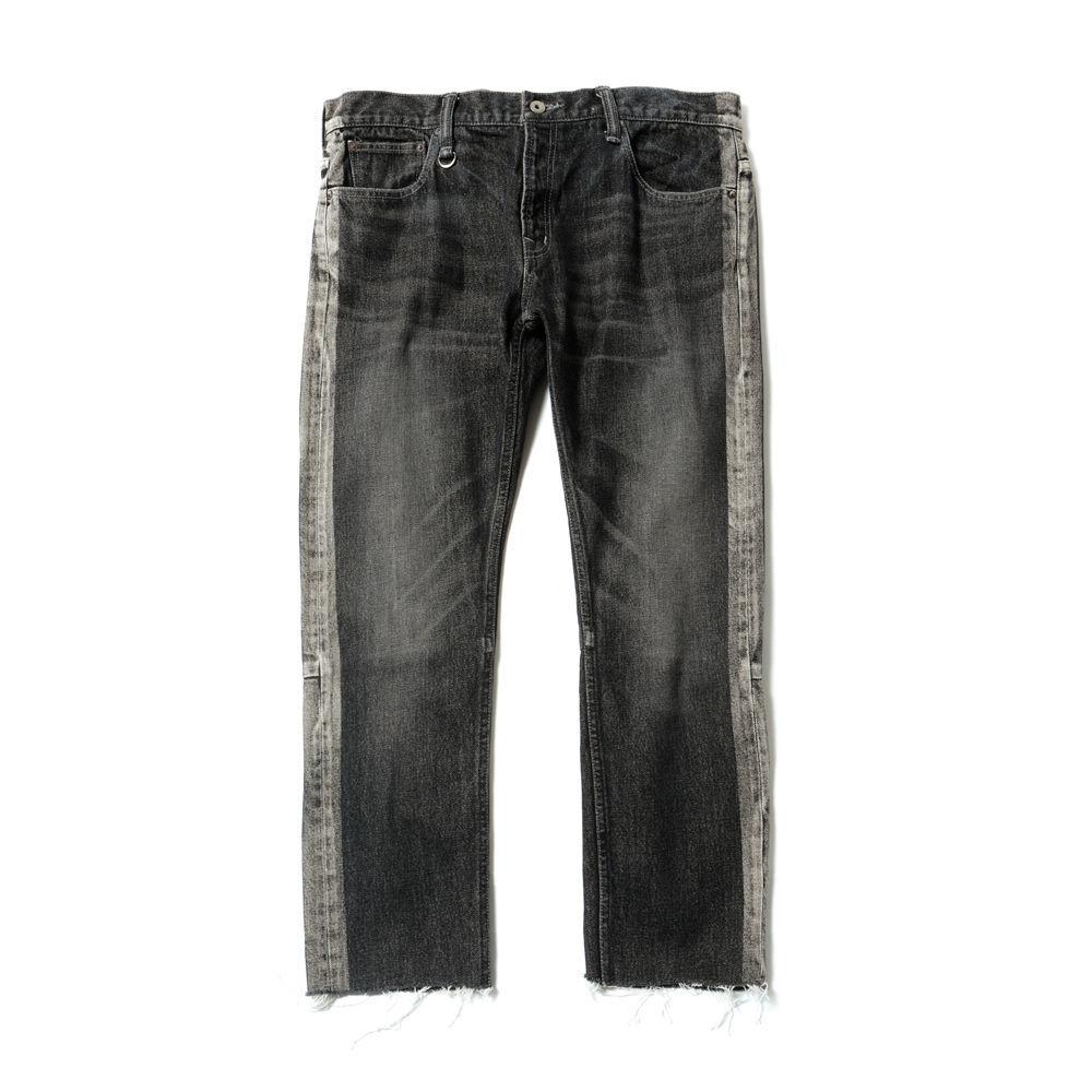MAGIC STICK CUT OFF FADE Jeans BLACK