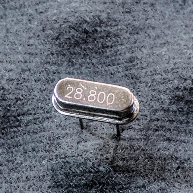 水晶振動子 28.800MHz(HC49US)