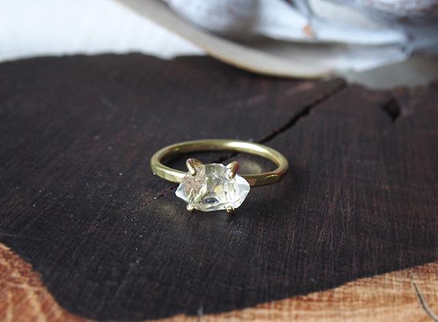 T様オーダー 原石のダイヤモンドクォーツのリング