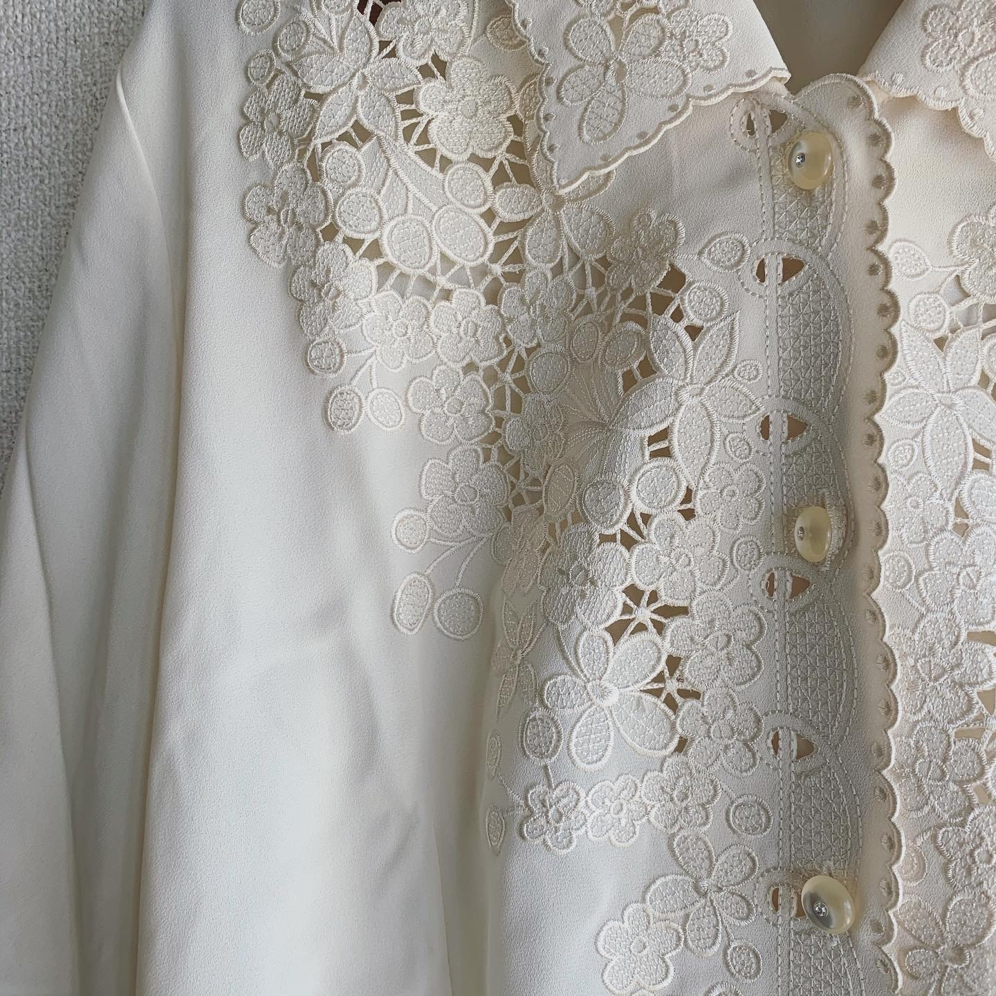 vintage lace design tops