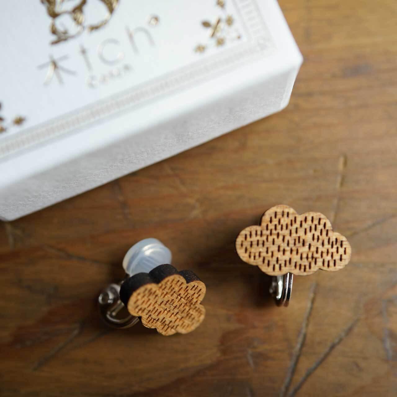 rain cloud / 雨雲(Pierced Earring)