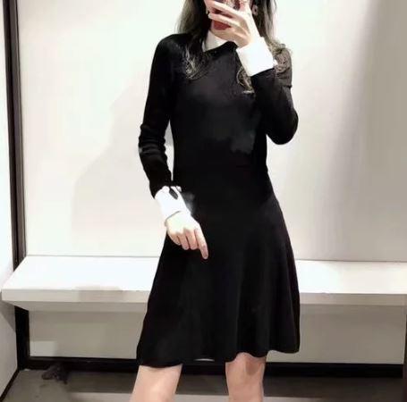 ワンピースドレス ニットワンピース Aライン フレア ロングカフス 襟付き パールボタン エレガント フェミニン 大人上品 ブラック