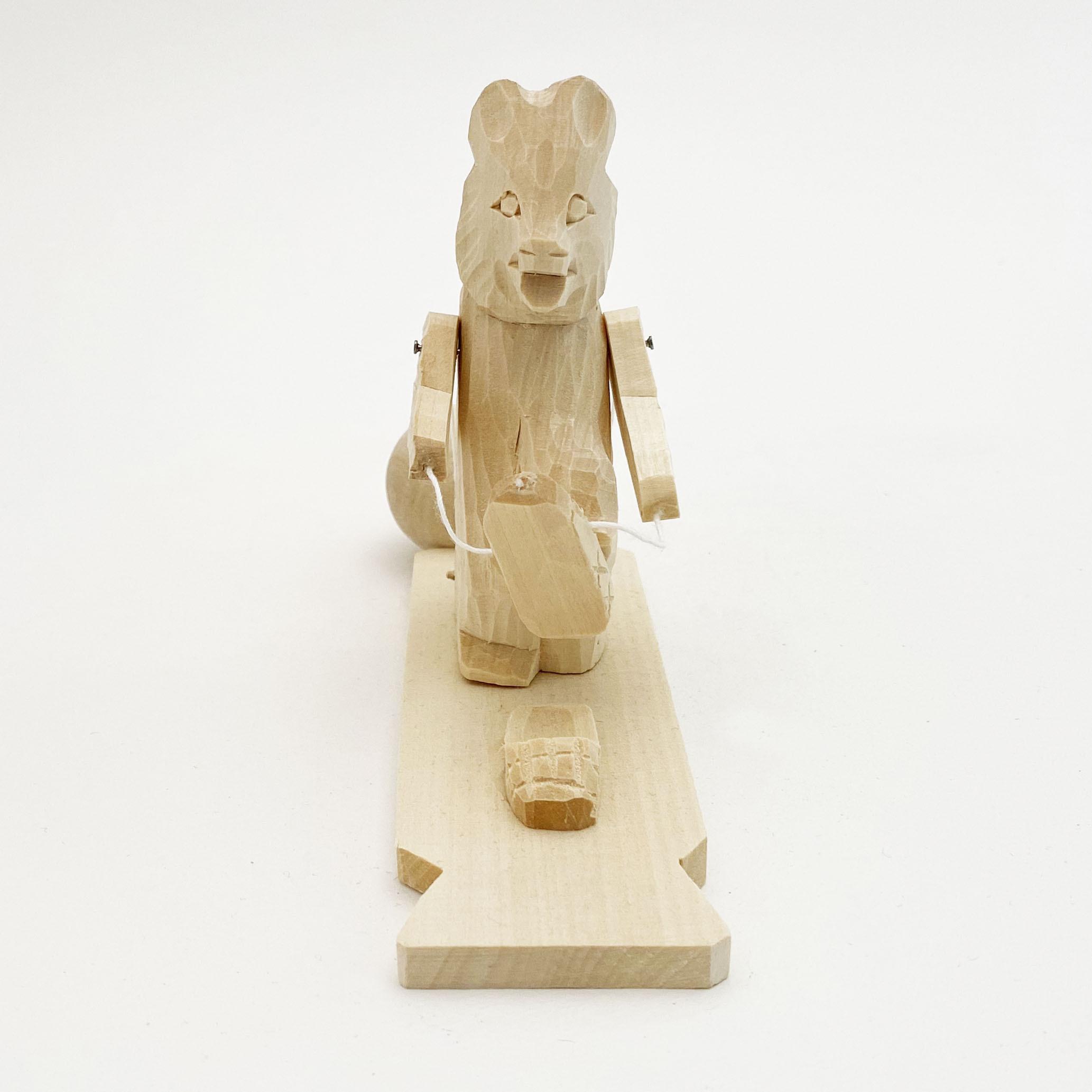 ボゴロツコエ木地玩具「靴を履くクマ」