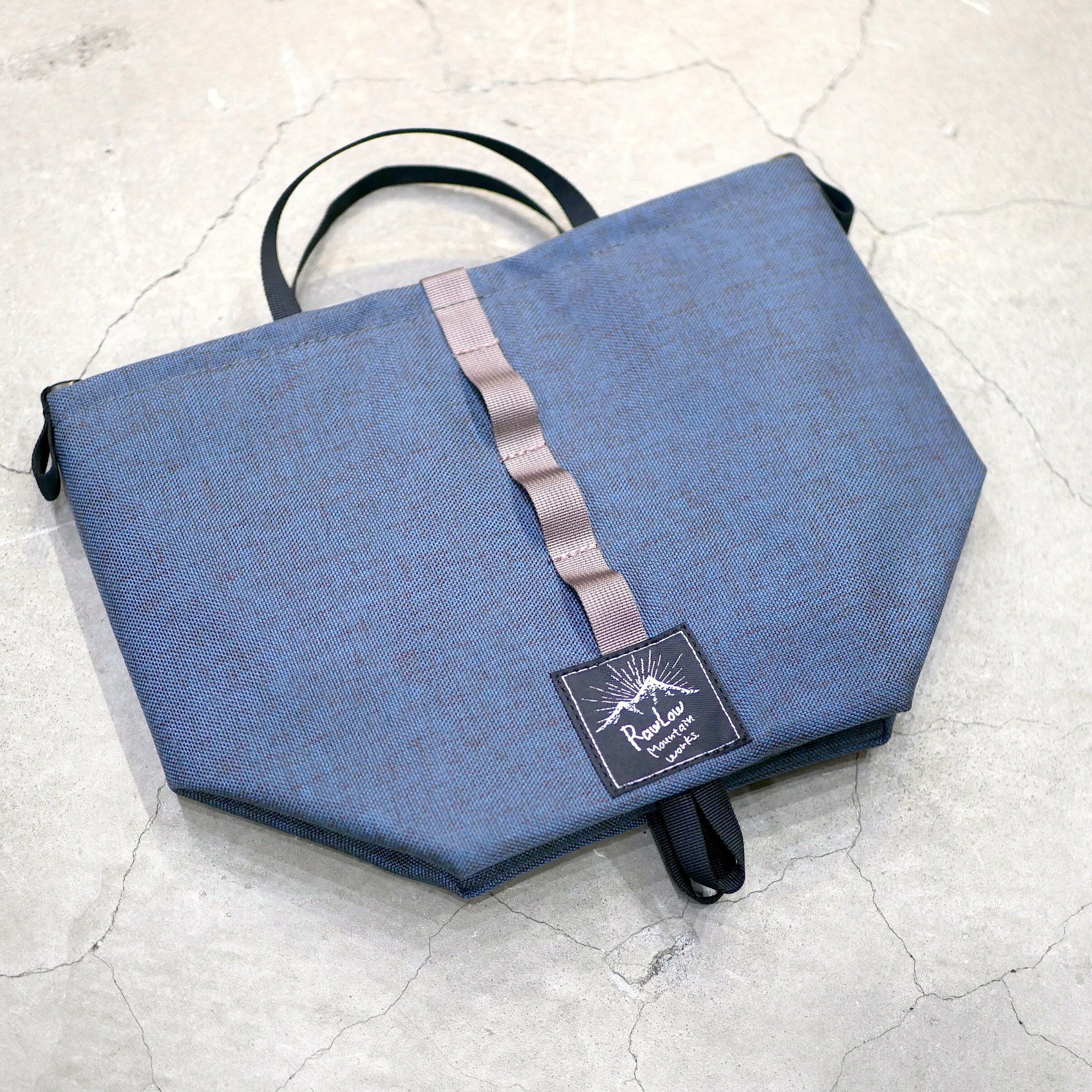 RAWLOW MOUNTAIN WORKS /  TABITIBI TOTE(BLUE GREY)