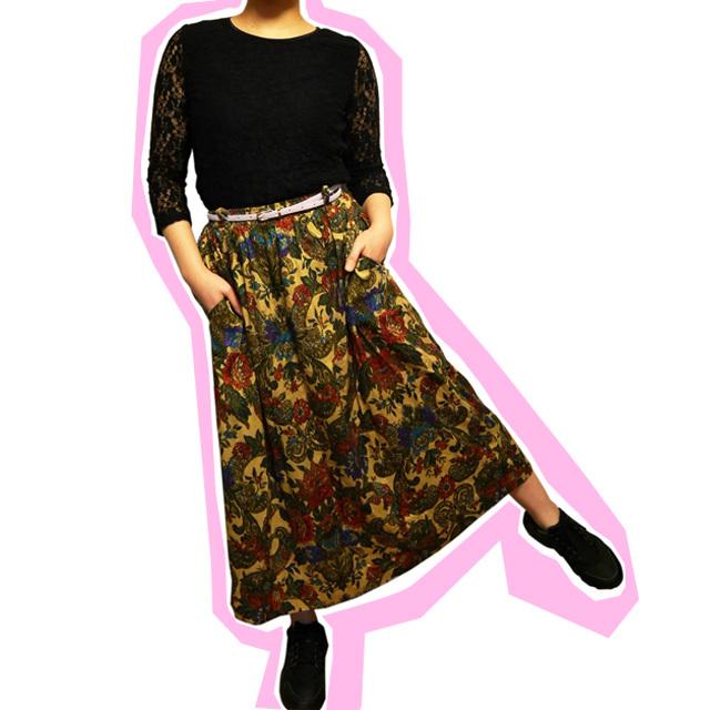 ≪USED≫フラワー総柄スカート