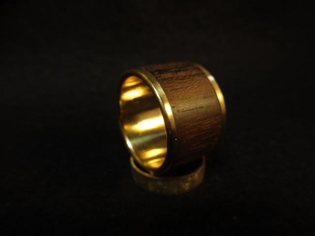木と真鍮の指輪 シャム柿 象嵌リング 大
