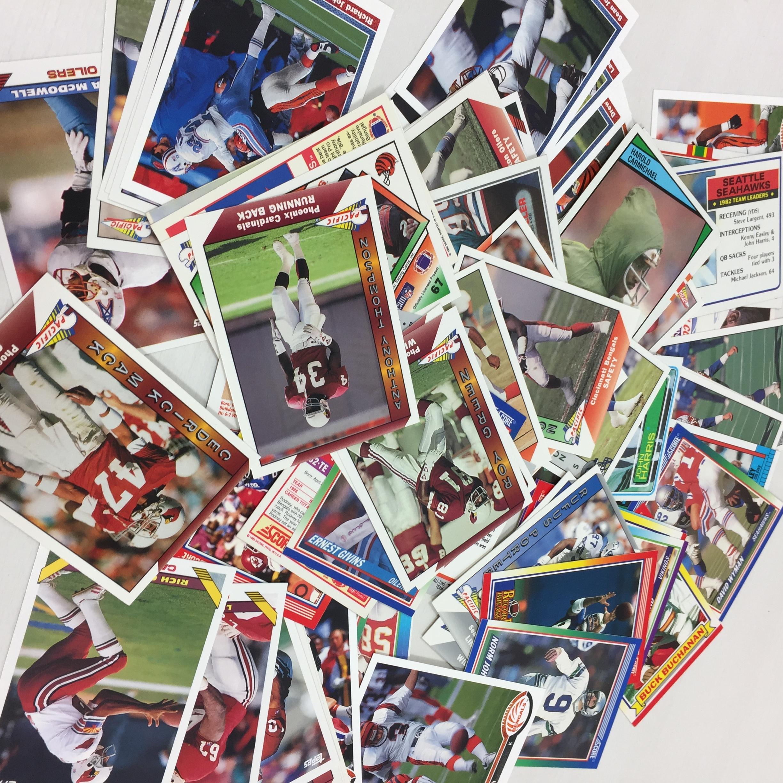 品番0111 まとめ売り メジャーリーグ MLB カード & アメフト NFL カード 1000枚以上 収納ケース付 011