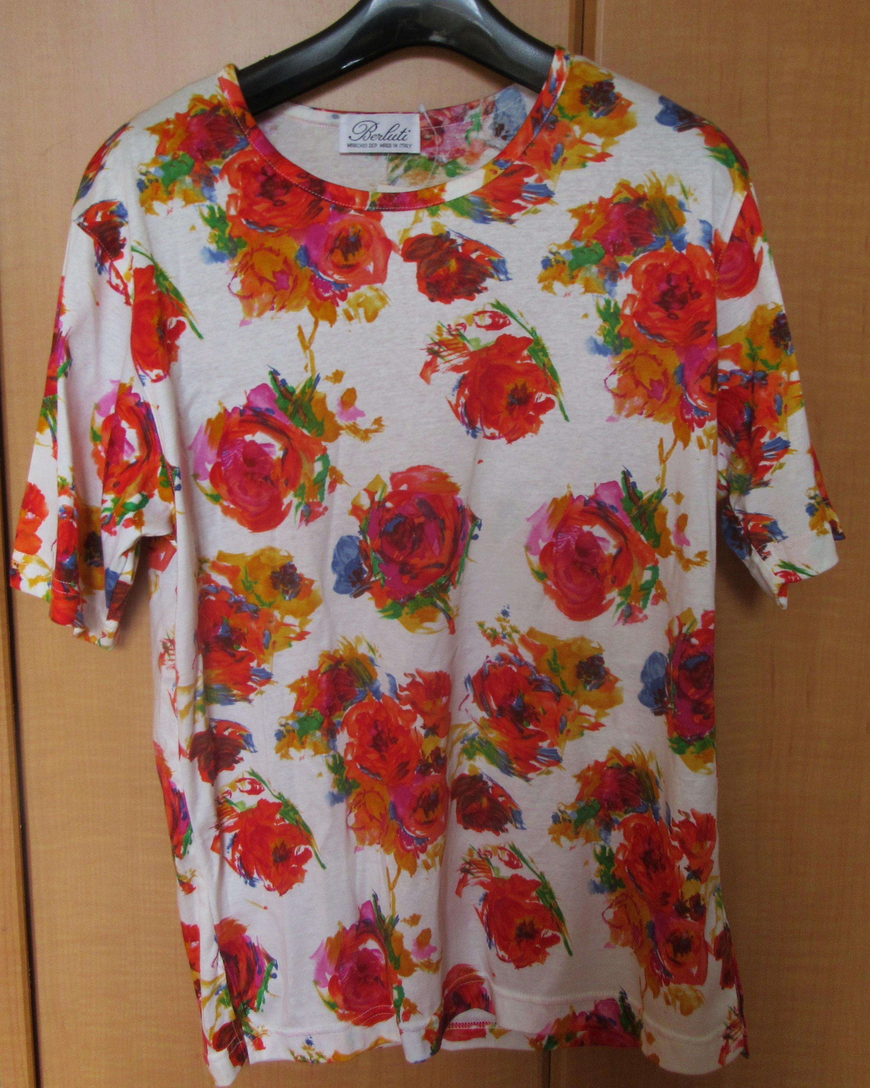 Tシャツ イタリー製 Mサイズ 新品