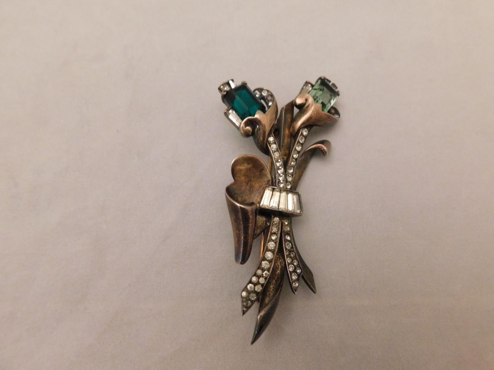 シルバーイギリス製のブローチ(ビンテージ )storing silver  vintage brooch(Made in U.K.)