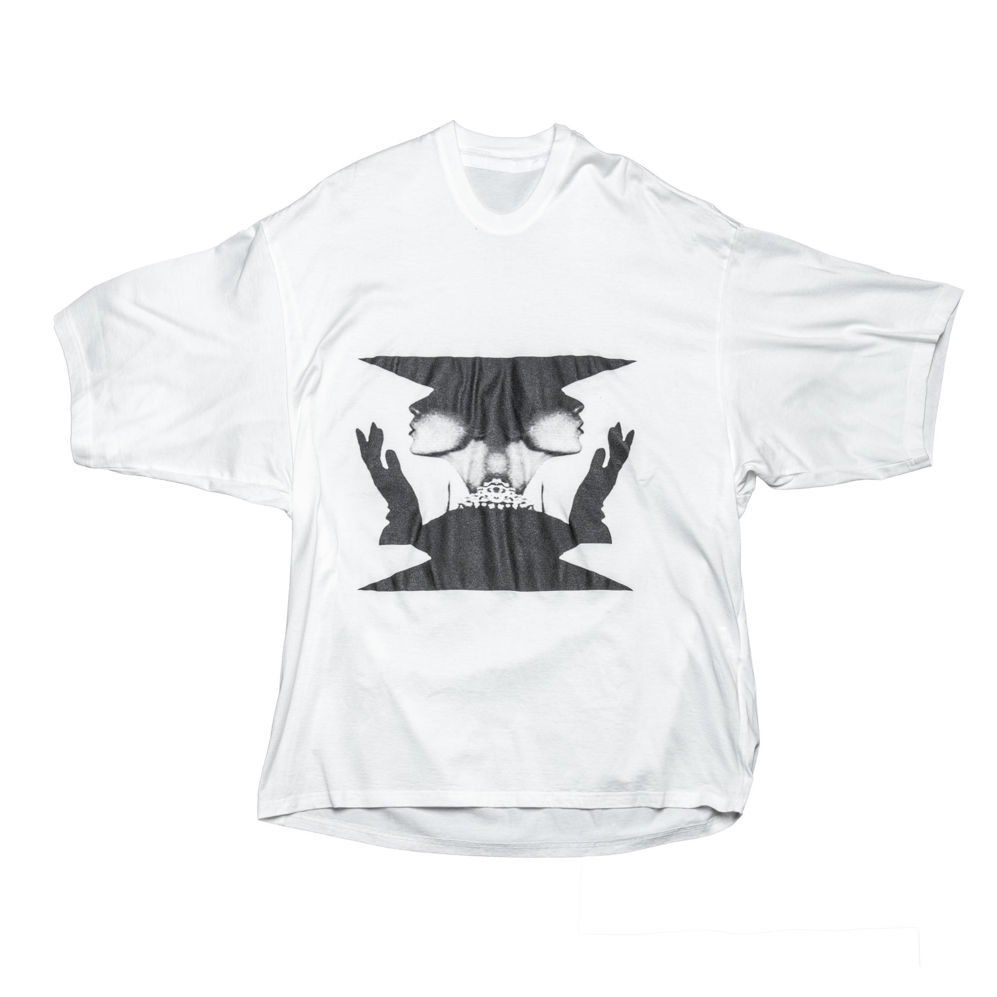 660CPM3-WHITE / SPECULAR Judith BIG Tシャツ