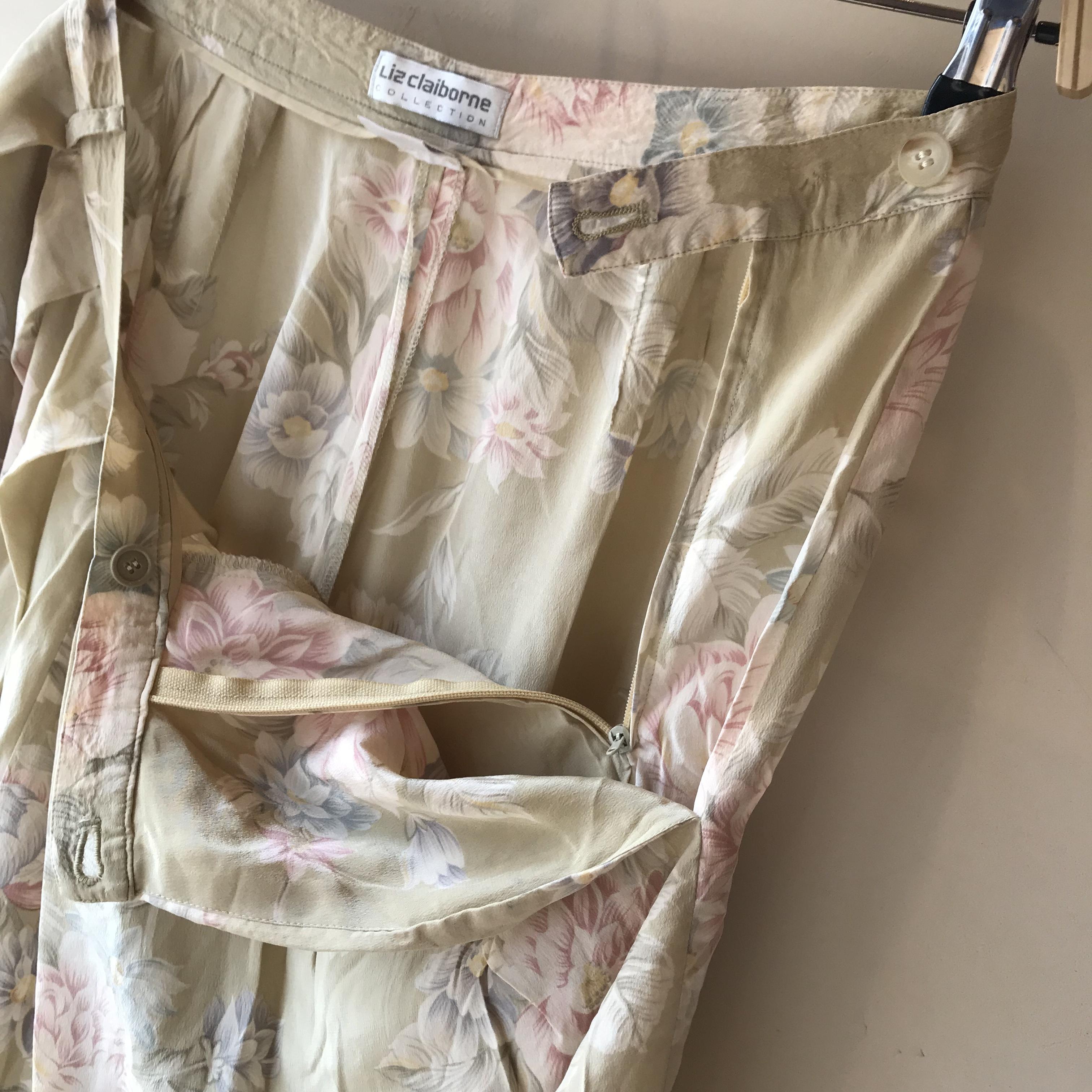 vintage flower design silk short pants