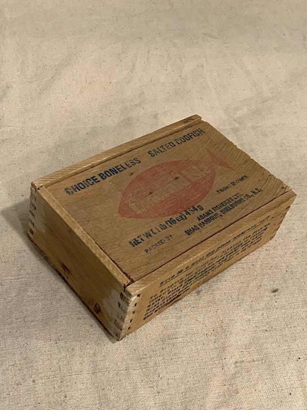 "FISH BOX "" EMERALD """