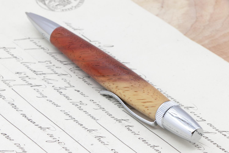 受注制作「Chouette Long・珊瑚色 コーラルウッド 紅白」希少木の手作りボールペン♫ジェットストリーム芯専用モデル!