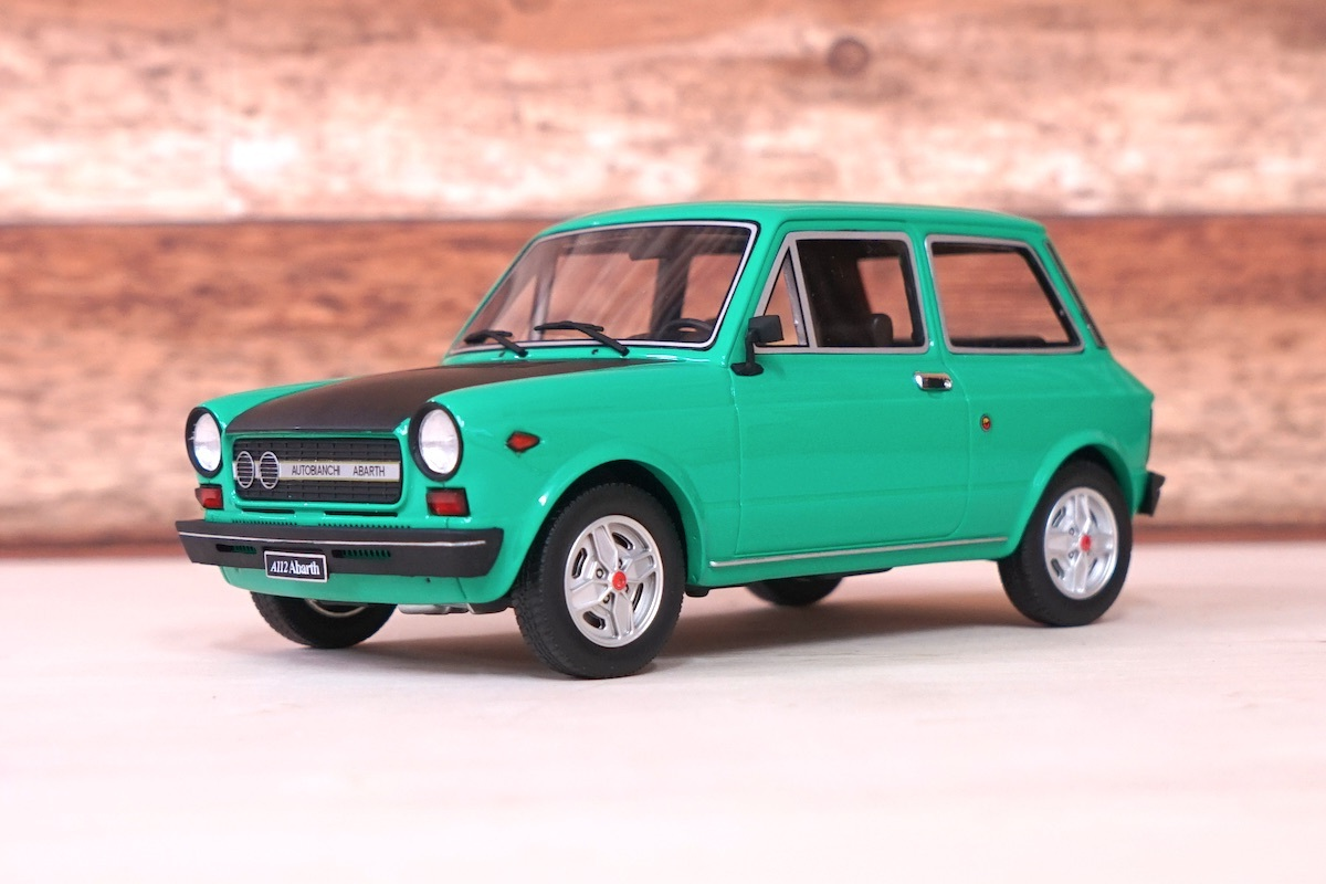 AUTOBIANCHI A112 ABARTH 70HP(GREEN)1:18【税込価格】