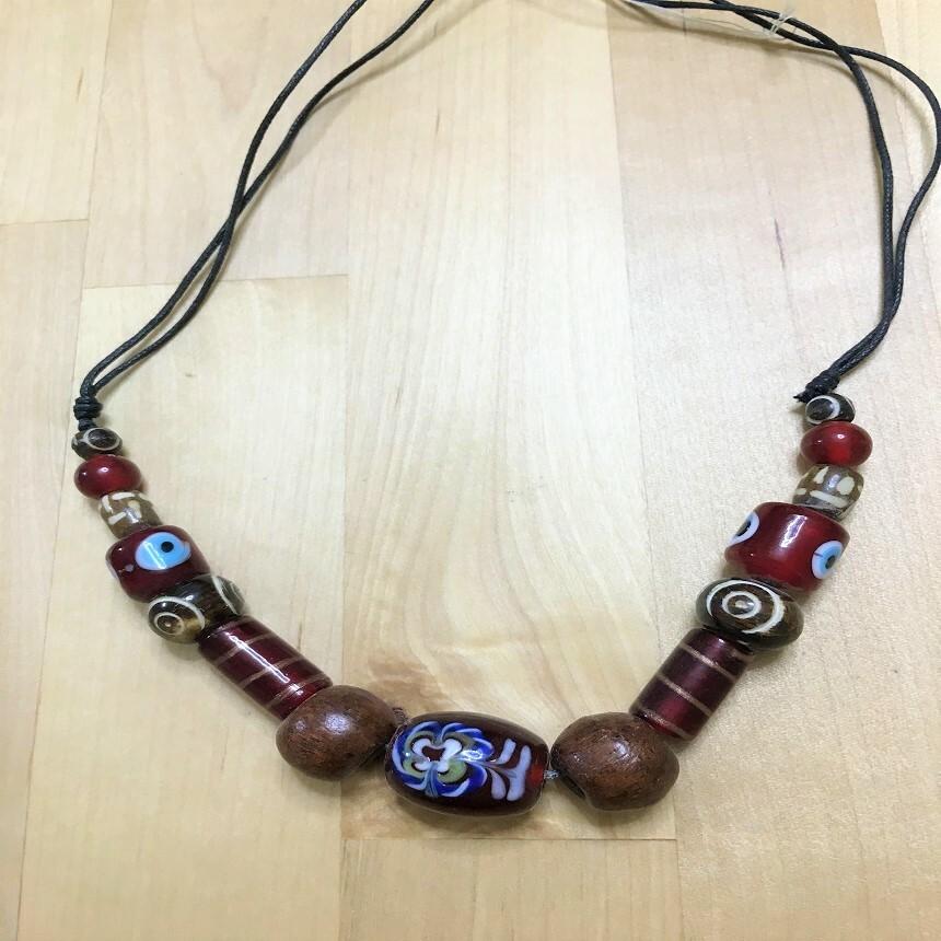 トンボ玉ネックレス・赤系1