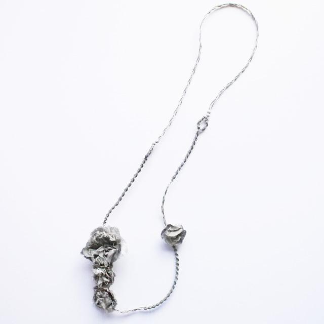 麻のネックレス 〈 Sakira 〉 Gray