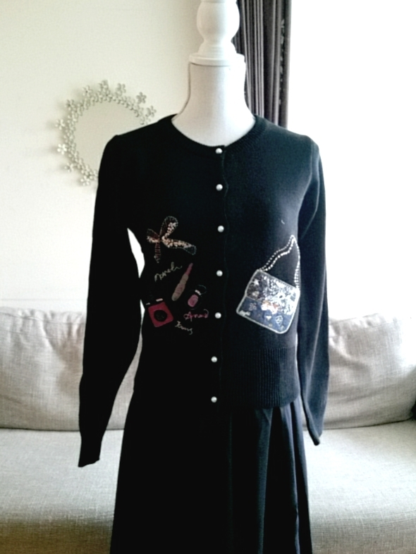 ニット素材ビッグリボンバッグ柄刺繍カーディガン ブラック