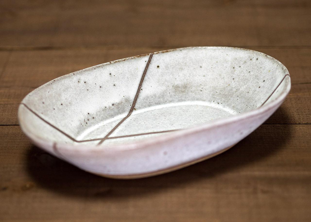 白マット釉 線抜文 楕円鉢 オーバルボウル/石塚操