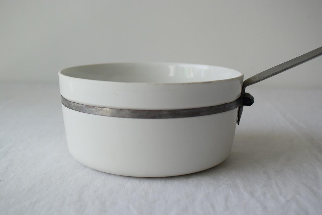 フランスアンティーク白磁片手鍋