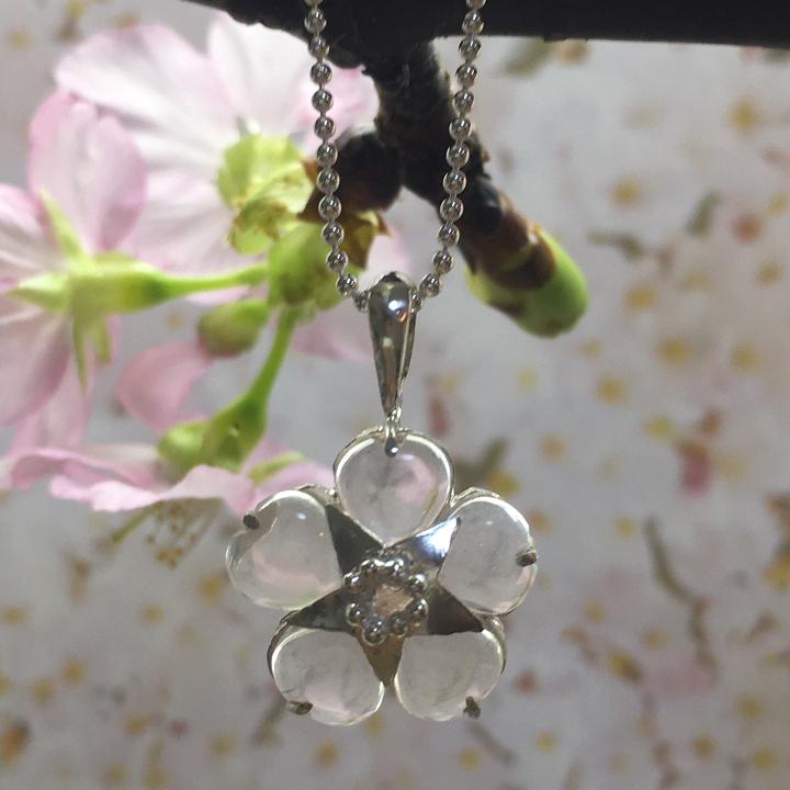 ローズクォーツ 桜のネックレス