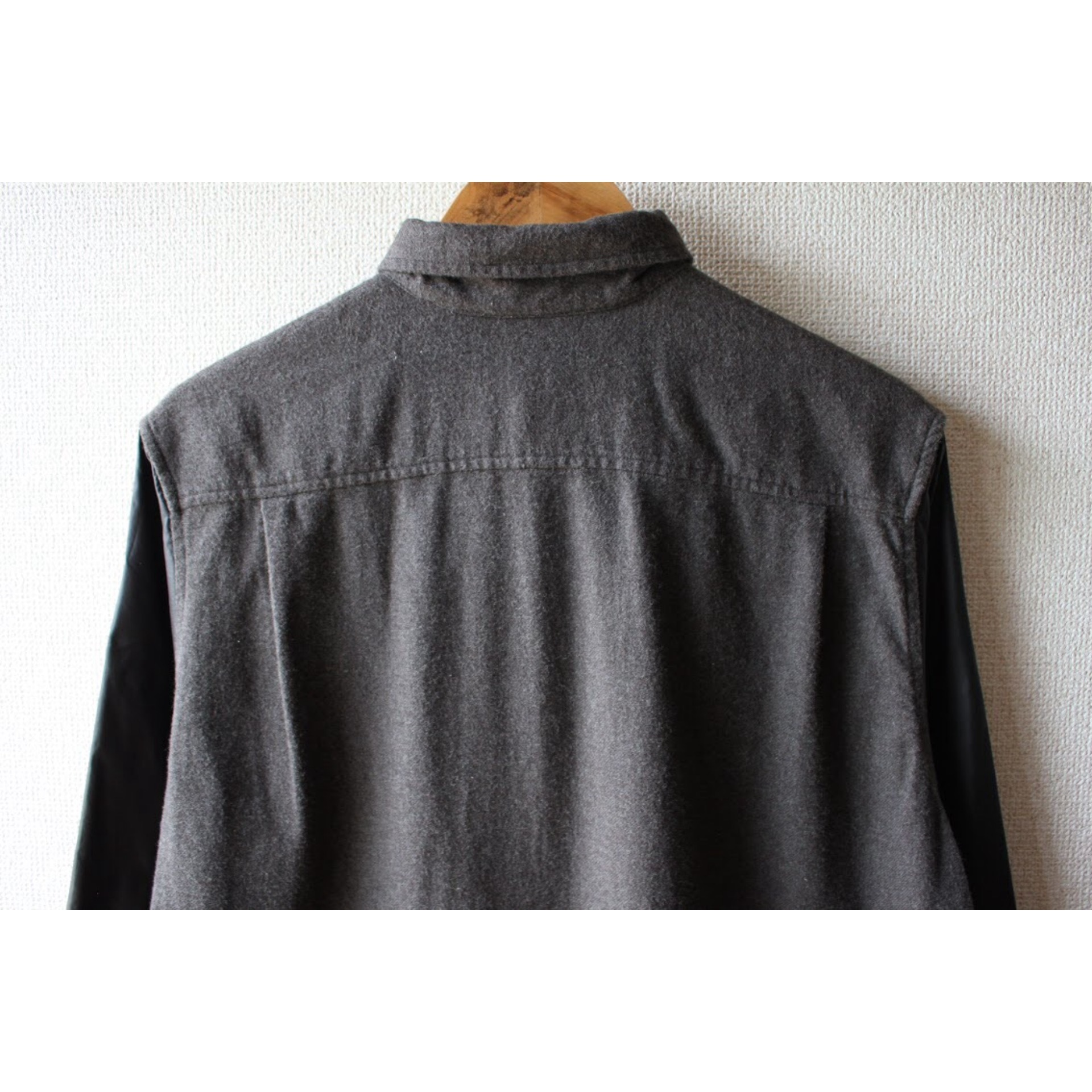 Vintage nylon sleeve shirt by DKNY
