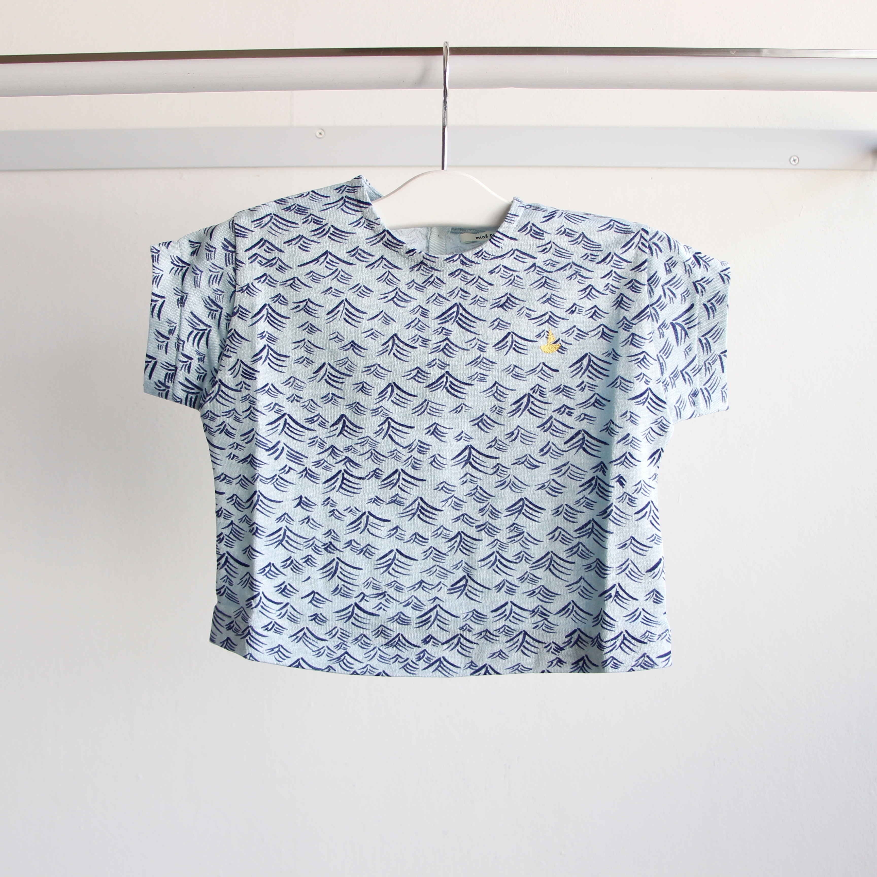 《mina perhonen 2019SS》umi Tシャツ / light blue / 110-140cm