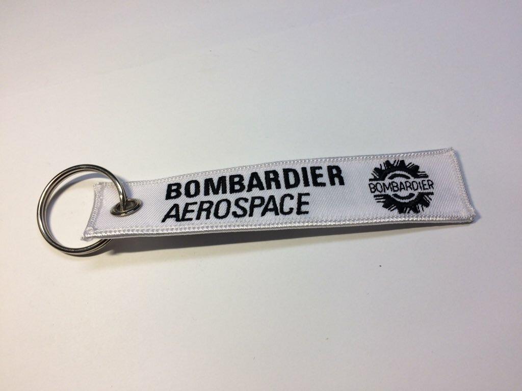 RemoveBeforeFlightキーホルダー Bombardier Aerospace