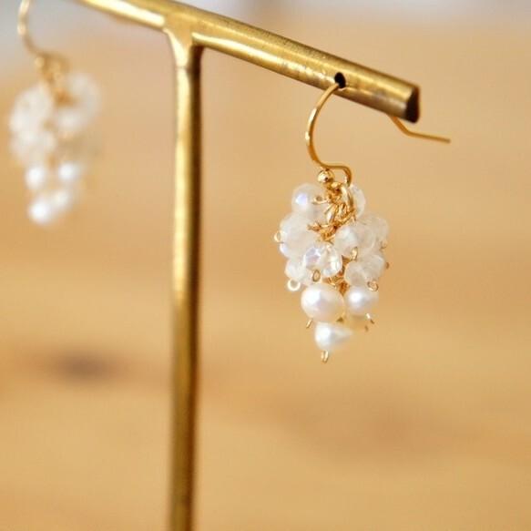 Pearl and Quartz    Grape Pierced Earring  パール×クォーツのぶどうピアス