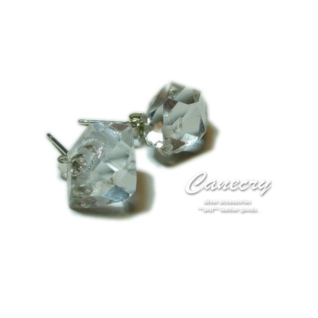 ハーキマー ダイヤモンドの原石ピアス