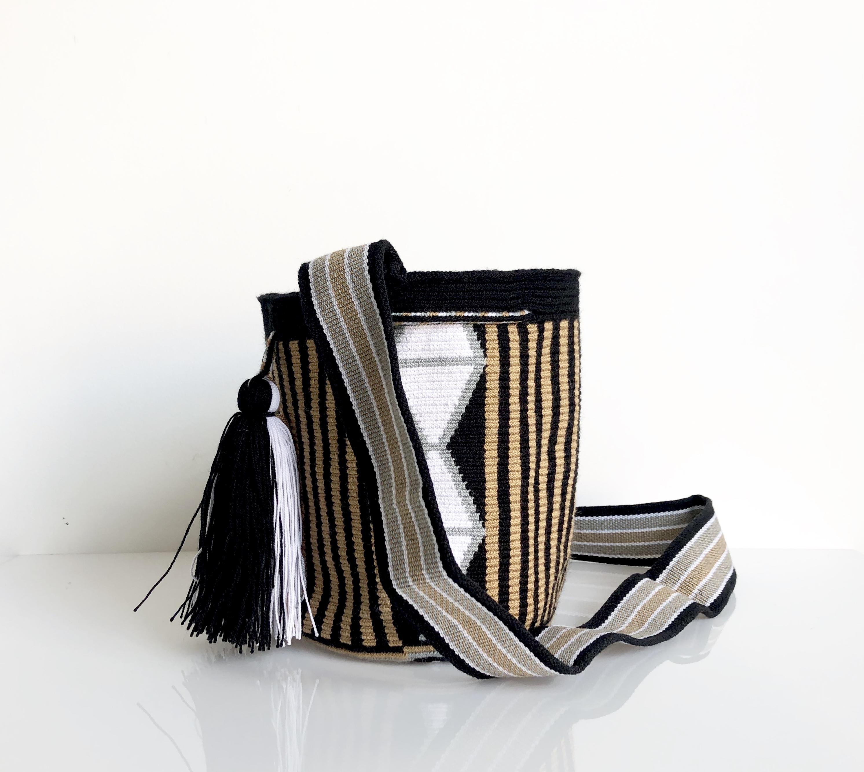 ワユーバッグ(Wayuu bag) Exclusive line Sサイズ