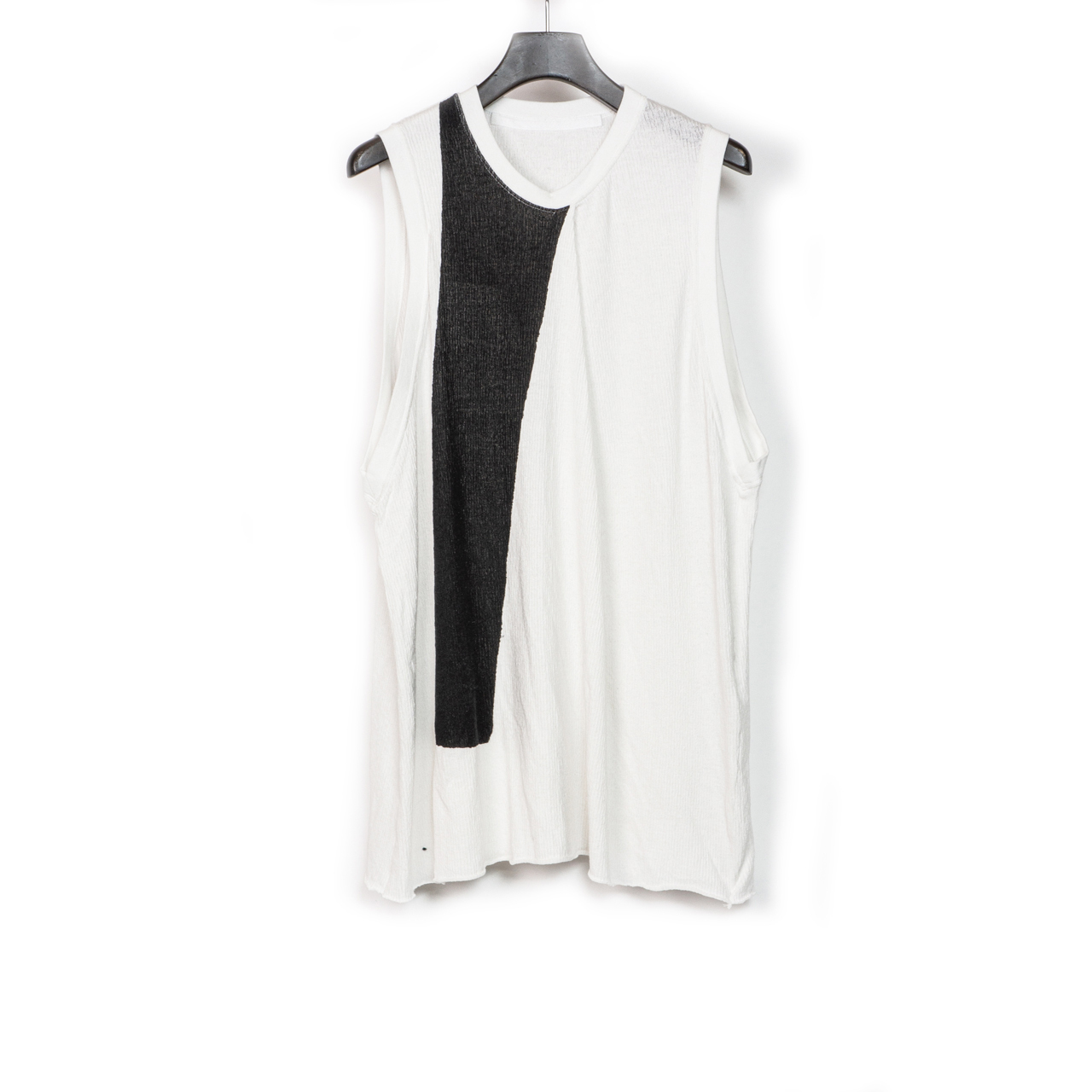 697CUM8-P-WHITE / フロントドレープノースリーブシャツ
